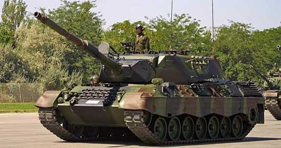 Leopard 1A3 main battle tank German Army Germany pictures ...